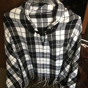 Jackets & Blazers - Brand new women's poncho